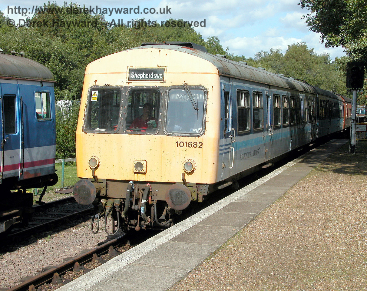 DMU 101682, coach No. 53256, in need of a visit to the paintshop, returns to Shepherdswell on 19.09.2006