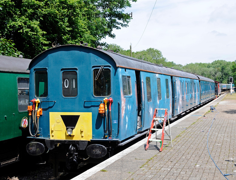 Class 205 DEMU 205001, originally numbered 1101, (coaches S60100 and S60800) now seen in blue livery in 2015.  This unit is undergoing restoration at Shepherdswell Station, East Kent Railway. The unit suffered serious vandalism to it's windows (scratched by vandals beyond repair) and all it's windows will need to be replaced.  17.06.2015  12724