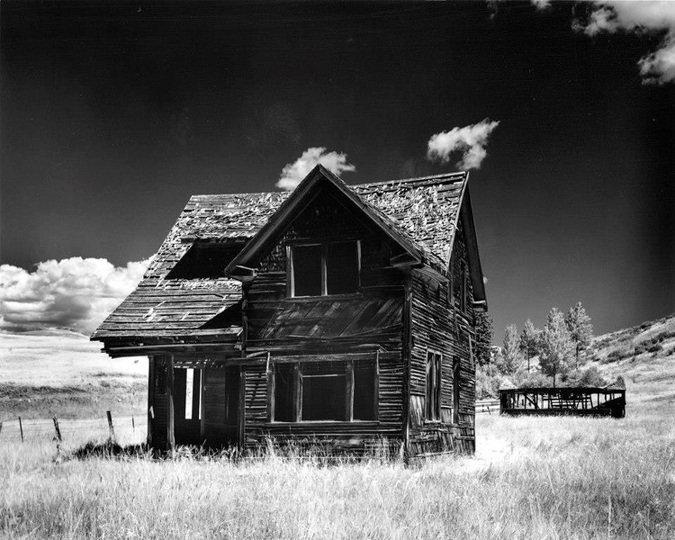 House and Barn near Poulson-China Road