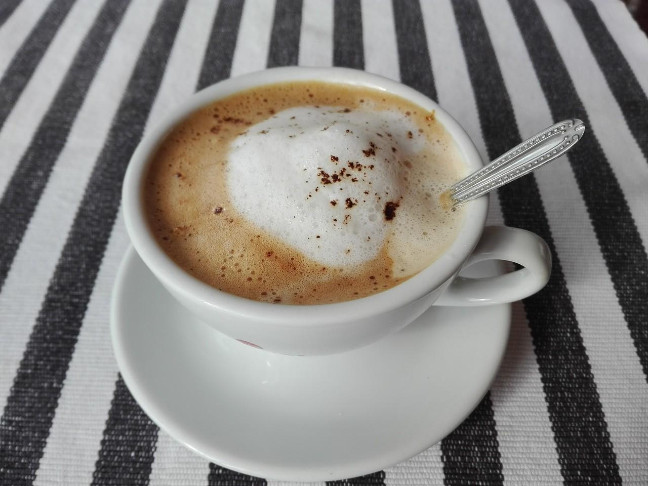 Bosnian cappuccino