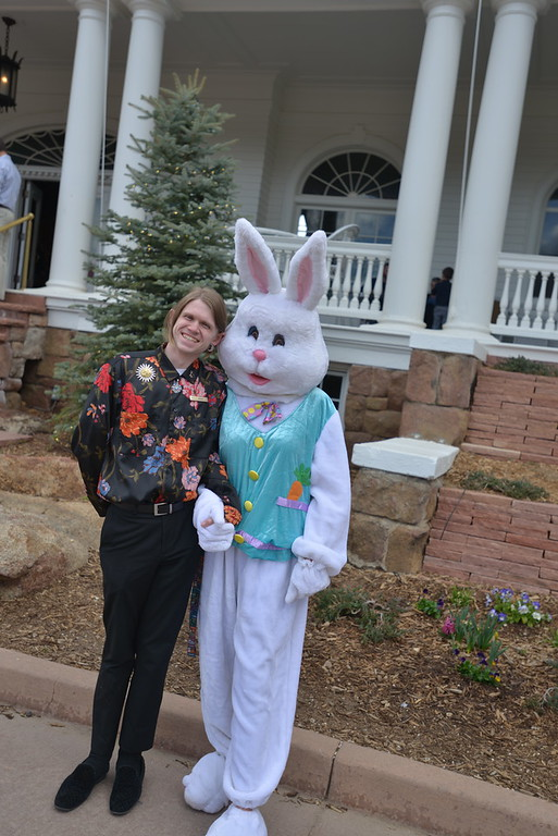 . The Easter Bunny and a helpful employee in front of the Stanley Hotel. (Daniel Sewell/Trail-Gazette)