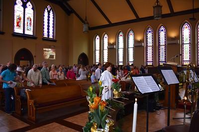 Easter Congregation 4
