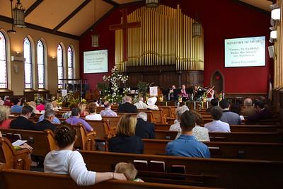 Easter Congregation 3