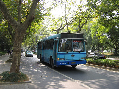 Hangzhou bus A74122 Oct 04