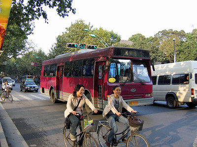 Hangzhou bus A74165 Oct 04