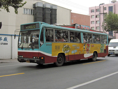 Shanghai bus A67674 Oct 04
