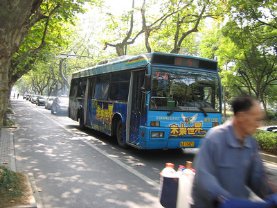 Hangzhou bus A73427 Oct 04