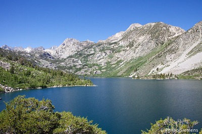 Near the trailhead at Lake Sabrina