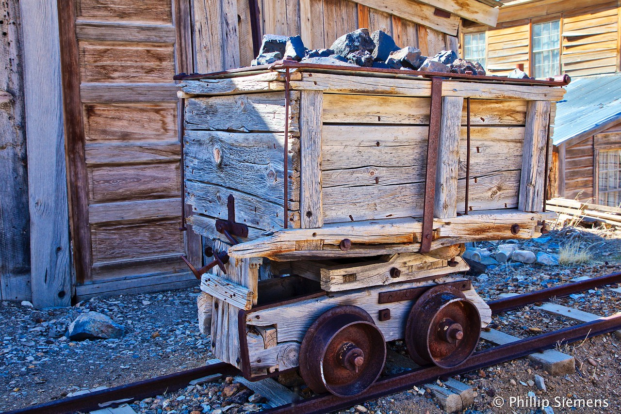 Ore cart at Cerro Gordo