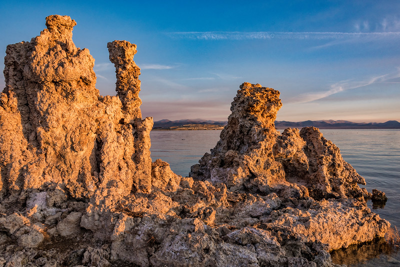 026-MonoLk-Tufa-at-dawn-SRA_1926