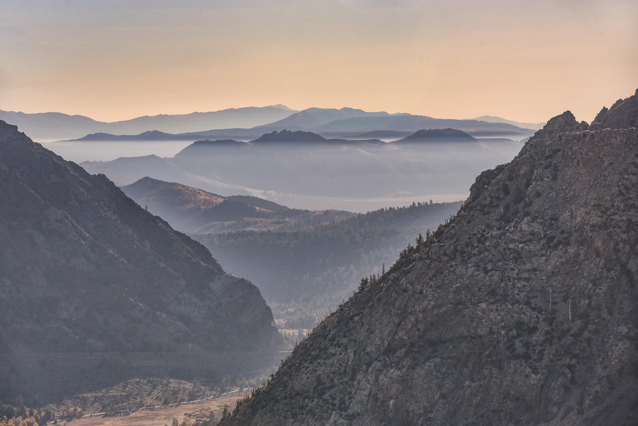 012-MountainLayers-with-fog-SRA_0077