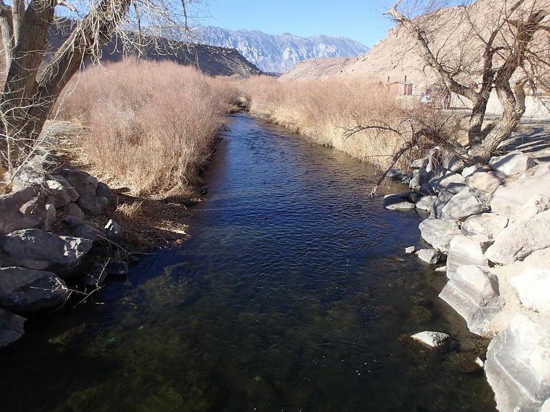 Lower Owens-Bishop Special Regs Waters<br /> 02-Footbridge_down<br /> Foot Bridge below Campground<br /> 37.40626 -118.50219<br /> View up from bridge