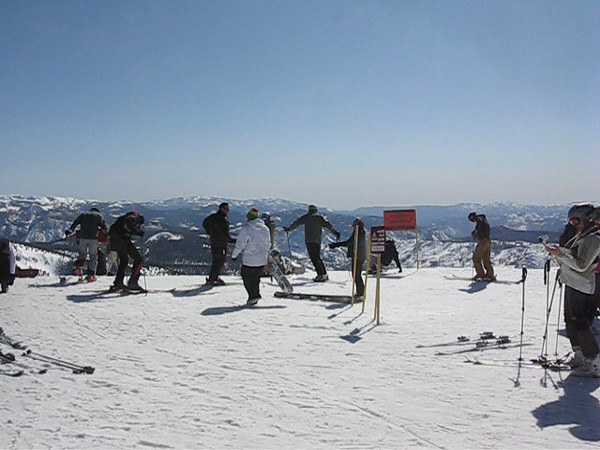 The western portion of the panoramic view from the top of the Panorama Gondola. (16 seconds of real time.)<br /> March 27, 2010.