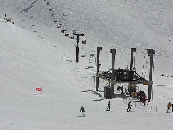 The base of chair 23. (Four seconds of time-lapse.)<br /> March 27, 2010.