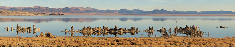 "Tufa at the southwest corner of Mono Lake  <a href=""http://www.dbdimages.com/photos/809924000_5N85H-O.jpg""TARGET=""blank"">View large in another window.</a> Use your viewer's zoom function if necessary and be sure to use the sliders."