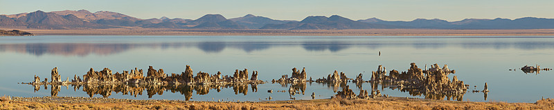 """South Mono Lake Tufa  <a href=""""http://www.dbdimages.com/photos/809924000_5N85H-O.jpg""""TARGET=""""blank"""">View large in another window.</a> Use your viewer's zoom function if necessary and be sure to use the sliders."""
