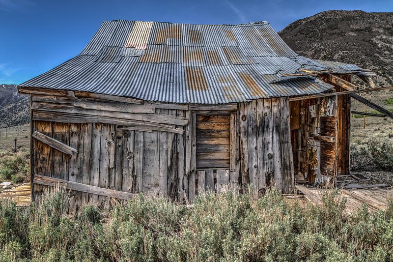 055 1885 Eastern Sierra ranch building
