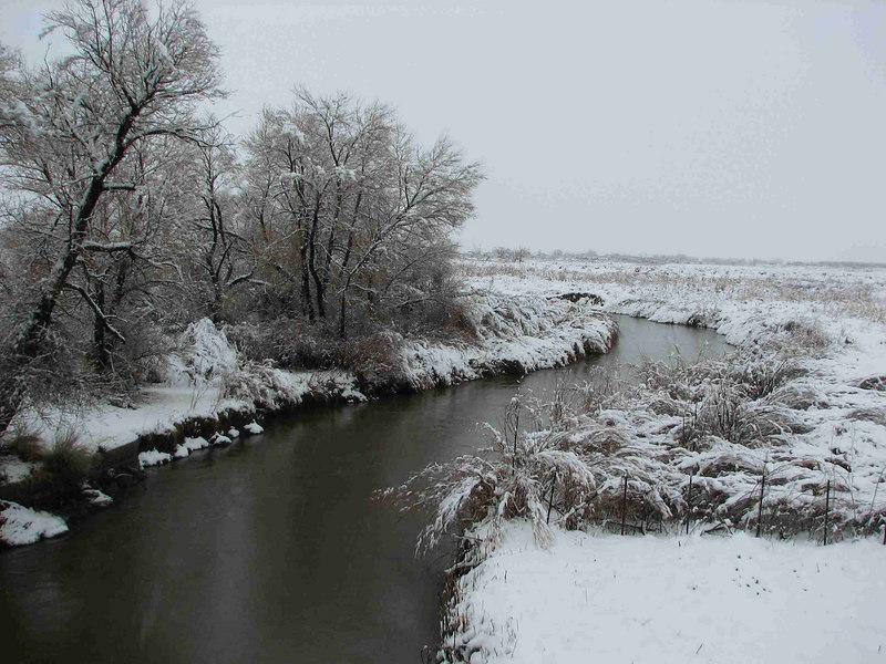 2006-01-02<br /> Downstream from bridge