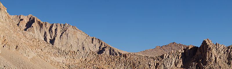 """From high enough on the switchbacks, Mount Carillon joins the east ridge of Mount Russell behind the intervening Pinnacle Ridge.  <A HREF=""""http://dbdimages.smugmug.com/photos/200988527-O.jpg""""TARGET=""""blank"""">View Larger Image</A> (And use your browser's zoom if necessary.)"""