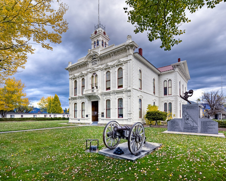 """Mono County Court House"""