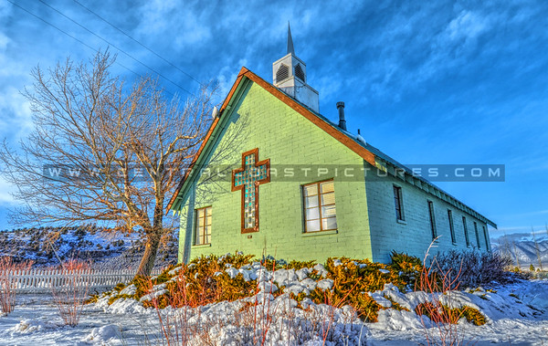 mammoth-green-church_9743