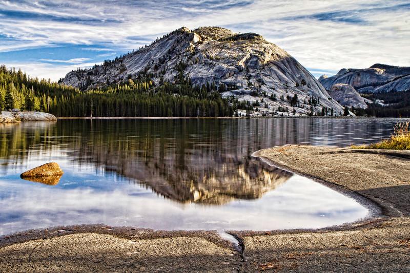 Tenaya_Lake_sunrise4