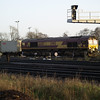 66017 leads 6Z15 Didcot - Eastleigh into Eastleigh Yard