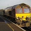 66017 passes through with 6B43 Eastleigh - Southampton W Docks