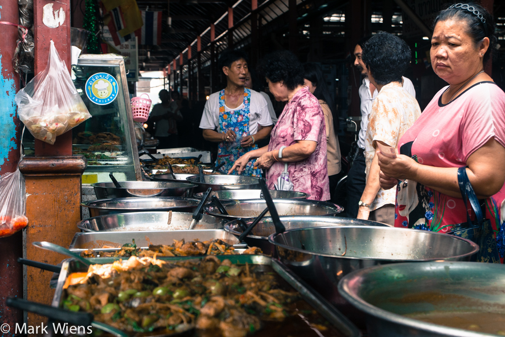 nang leong market 12 X2 Nang Loeng Market   Food and History You Should Experience in Bangkok