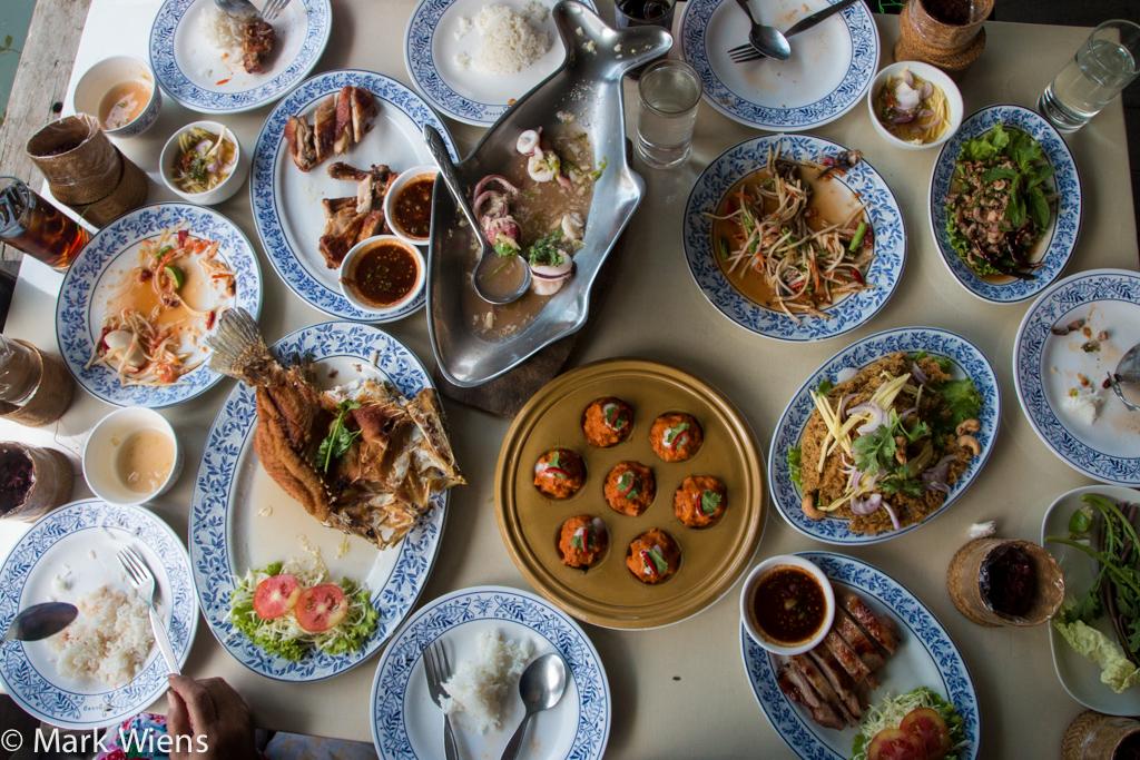 klang bueng bangkok 19 X2 Isan Food at Gai Yang Klang Bueng (ไก่ย่างกลางบึง) in Bangkok