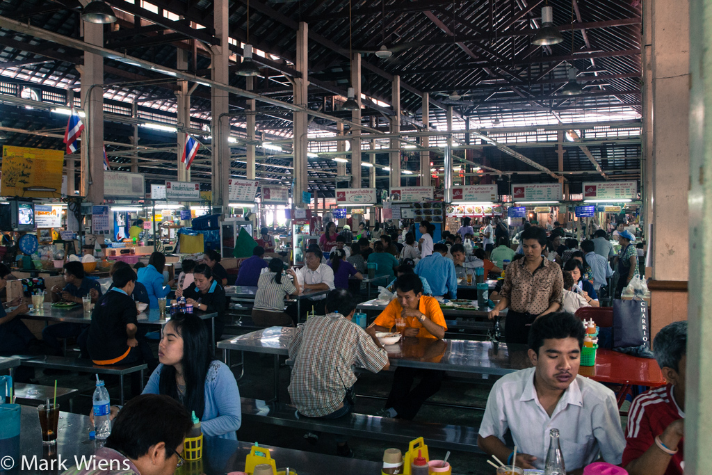 nang leong market 17 X2 Nang Loeng Market   Food and History You Should Experience in Bangkok
