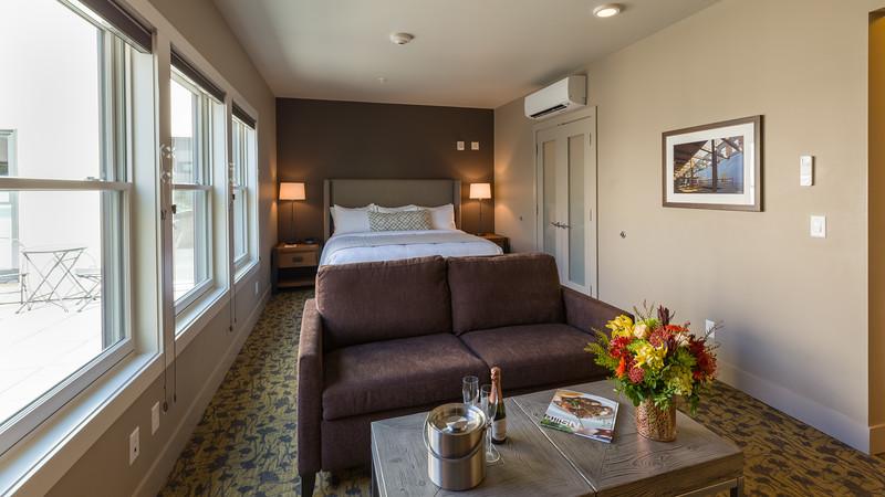 20180511 The Inn at Lynden Room 15 27