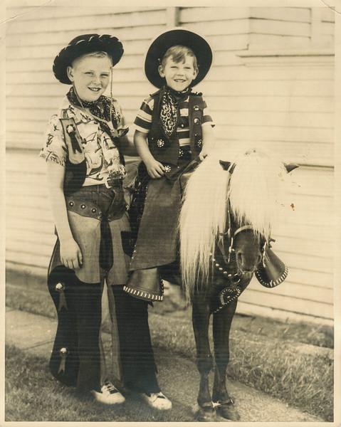 lee Jr Pony