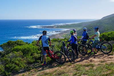Bruce, Sharon Pat and I met us with Still Bay locals Howard and Sanet who took us on an eBike (mountain biking) ride to Jongensfontein. Western Cape. South Africa