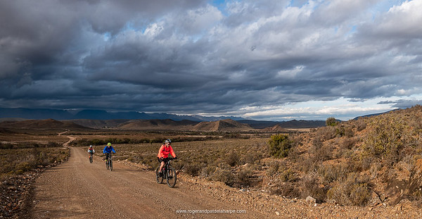 One the return to The Place ofter a lovely 60km ride the Buffelsdrift Conservancy, storm clouds brewing over the Swartberg.