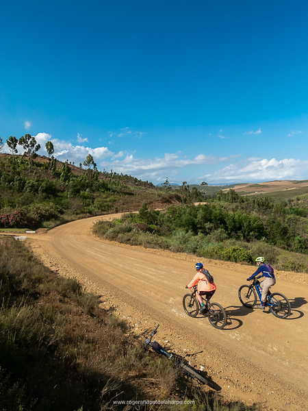 Sharon and Pat head out on the Van Der Stel Pass road.