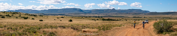 Vast open spaces on the way to Letskraal.