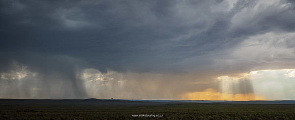 When it rains in Fraserburg it does so with passion. They had had good rains just before we visited.