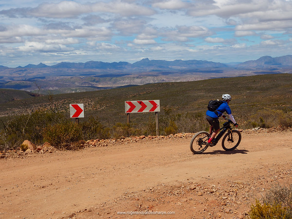 Bruce at speed at the start of the downhill after cresting Rooiberg Pass