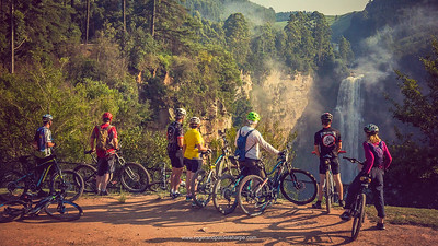 A Sunday morning breakfast ride and the stunningly beautiful Karkloof Falls
