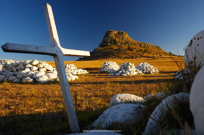 Cairns of white stones and memorials mark the places where British soldiers died at the Battle of Isandlwana during the Anglo Zulu War of 1879. Near Nqutu. kwaZulu-Natal. South Africa