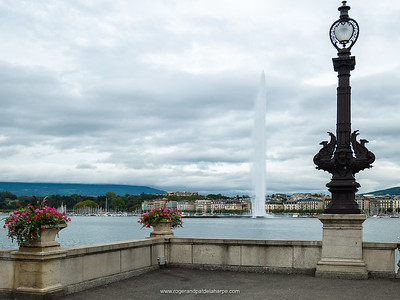 Our first day in Geneva and we took a walk down to the lake to check out Jet D'Eau.. Switzerland.