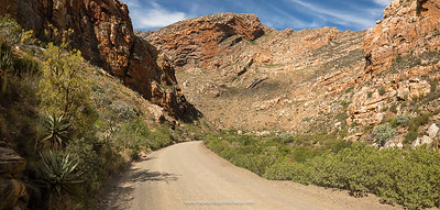 The ride back along the Seweweekspoort Pass is just incredible fun as it's practically down hill all the way