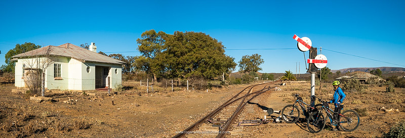 This is the main line between Klipplaat and Port Elizabeth. The tracks are rusty now, clearly a train hasn't been past in years!
