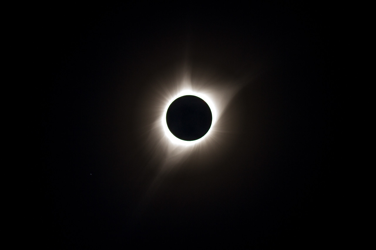 Single-frame Corona During totality
