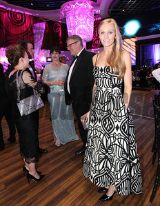 Elizabeth Killen looks stunning in her gown at the 46th annual Eclipse Awards, at Gulfstream Park, 2017
