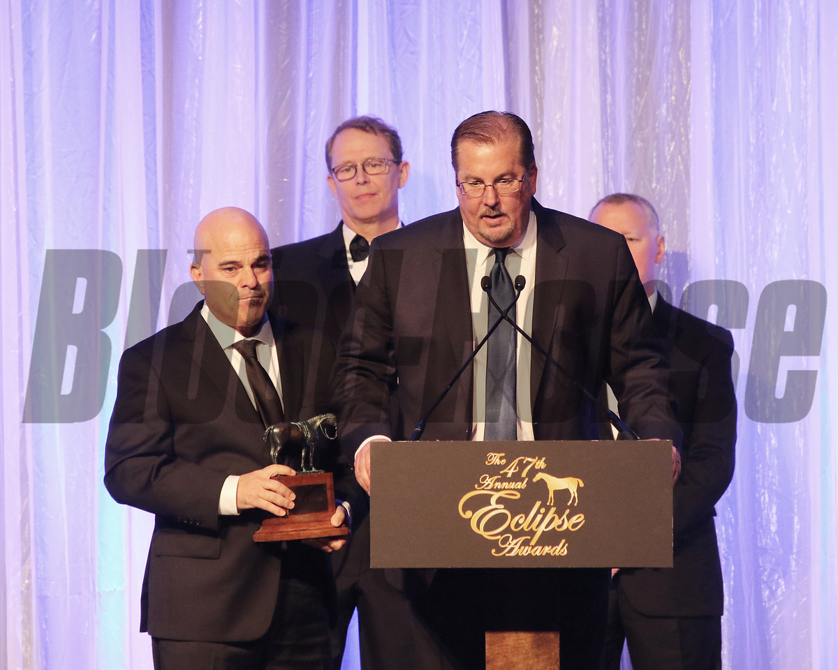 David Bernsen accepts the Eclipse award for Male Sprinter, Roy H, with trainer Peter Miller, 2018 Eclipse Awards, Gulfstream Park