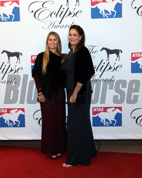 Kelly Stobie and Shelley Blodgett accept the 2017 Eclipse Award Rescue Effortsat Camarero and San Luis Rey Downs, 2018 , Gulfstream Park