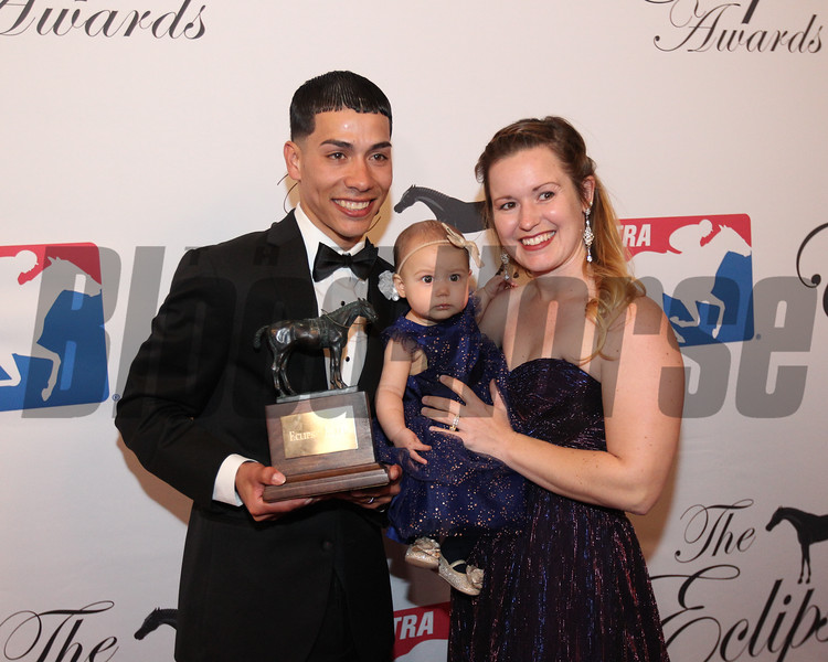 Jose Ortiz accepts the 2017 Eclipse Award for Outstanding Jockey 2018 , Gulfstream Park