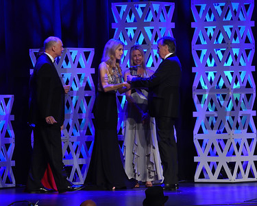 John D. Gunther wins breeder of the year credit Leslie Martin2